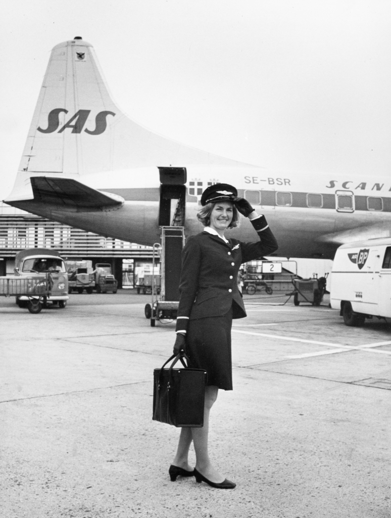 1. august 1946 blev SAS en realitet, da Danmark, Norge og Sverige blev enige om at danne et fælles skandinavisk flyselskab.