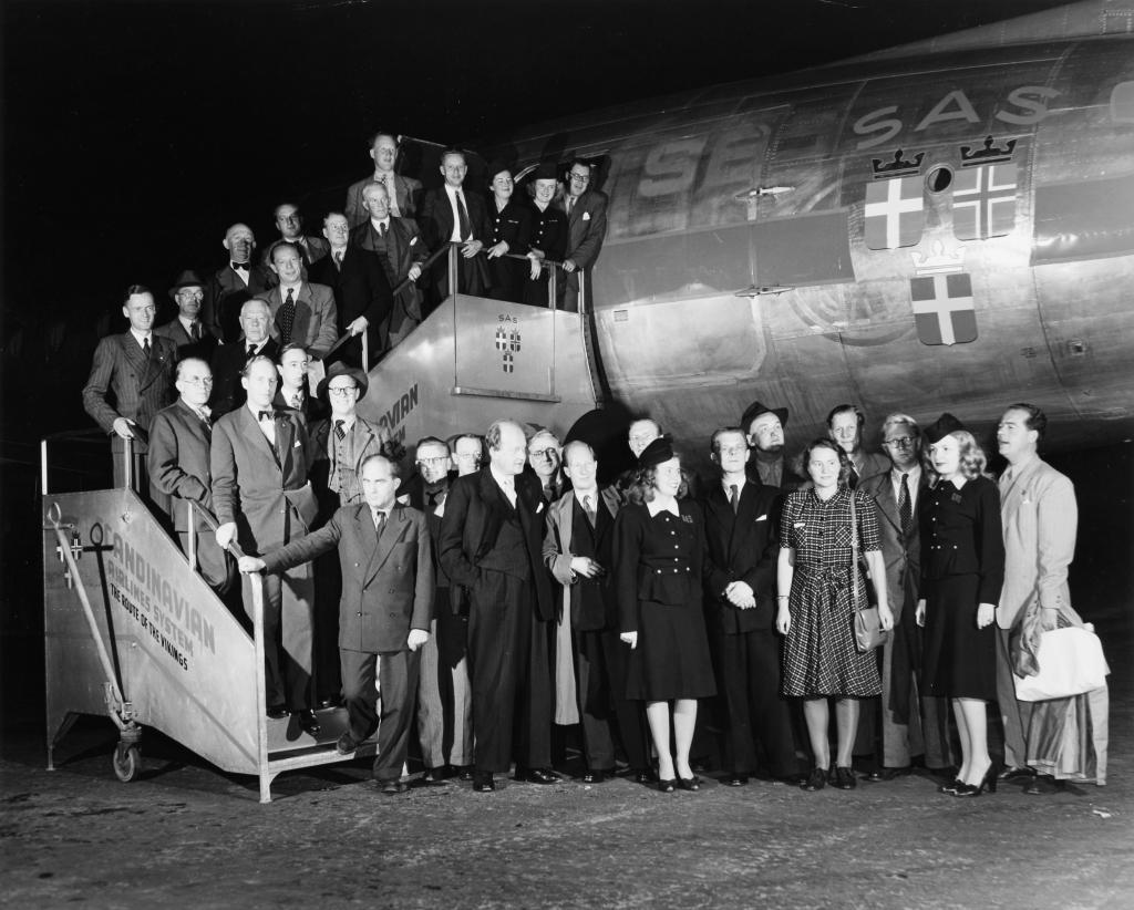 1. august 1946 var SAS en realitet. Danmark, Norge og Sverige blev enige om at starte et fælles skandinavisk flyselskab.