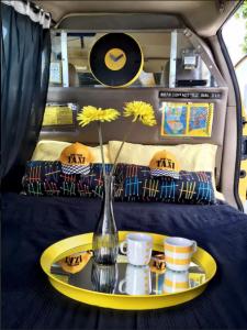 Nu kan du overnatte i en taxi i New York.