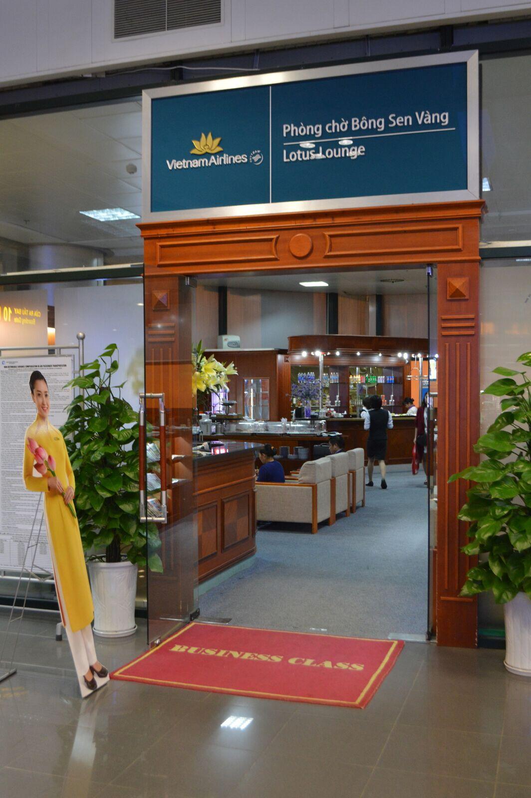 Indgangen til Vietnam Airlines lounge. Foto: Jens Fisker