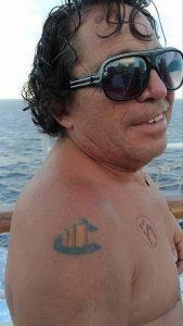 Diego's tatovering af Costa rederiets logo. Foto: Jens Fisker