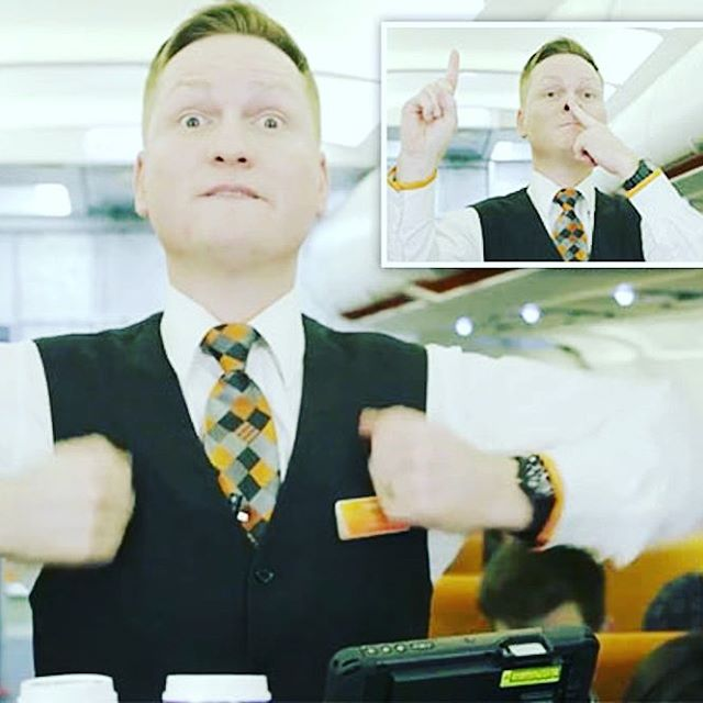 Do you know the cabin crews secret sign language? Seehellip