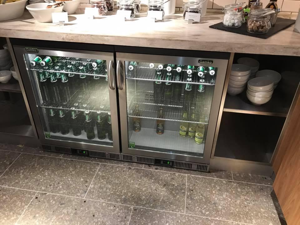 I Dag 229 Bnede Den Nye Sas Lounge I Oslo Kom Med Indenfor