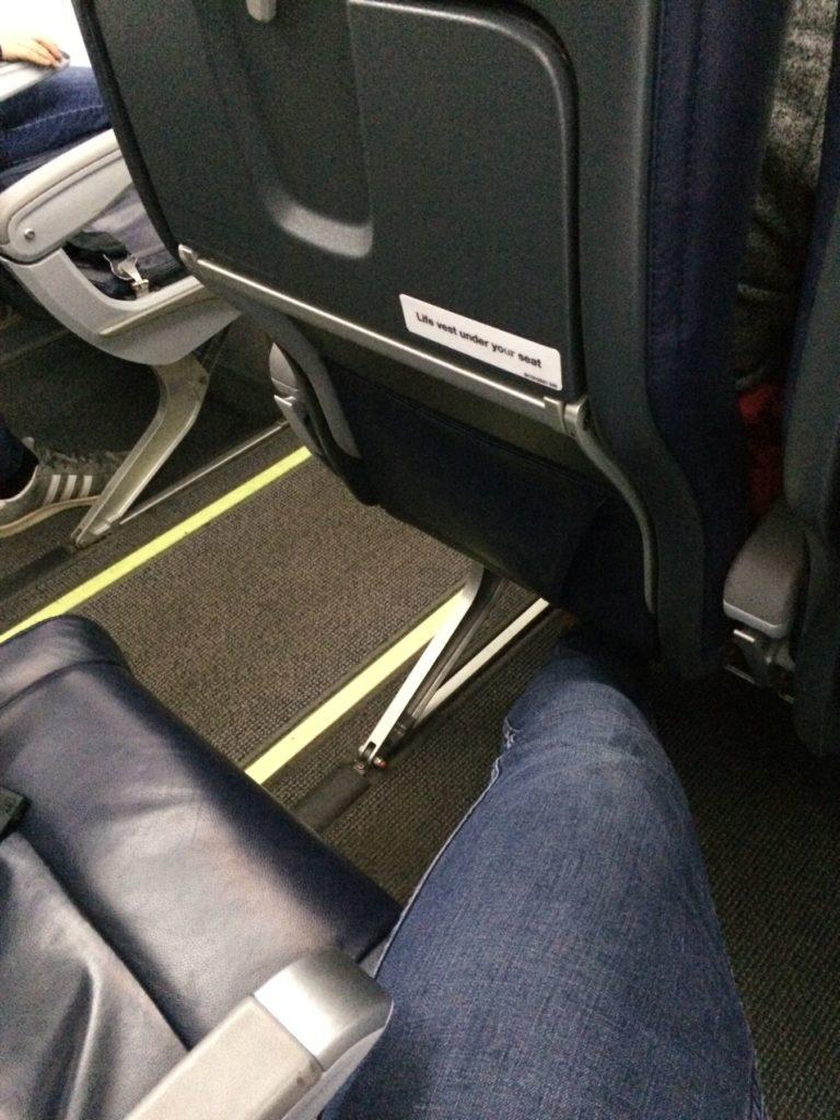 Med ledig sete ved siden av har man det greit.